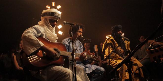 Tinariwen, du blues touareg et du thé aux Nova Sessions