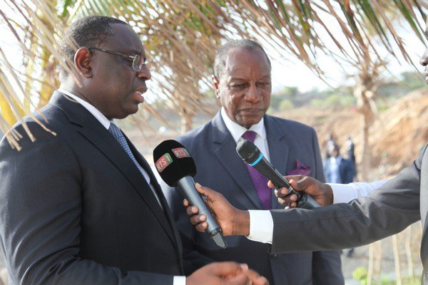Gambie : Macky Sall rend hommage aux chefs d'Etat guinéen et mauritanien