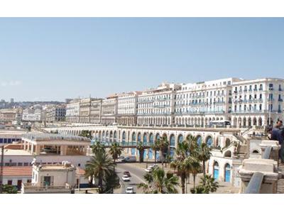 Algérie : retour express de Xavier Driencourt à l'ambassade de France